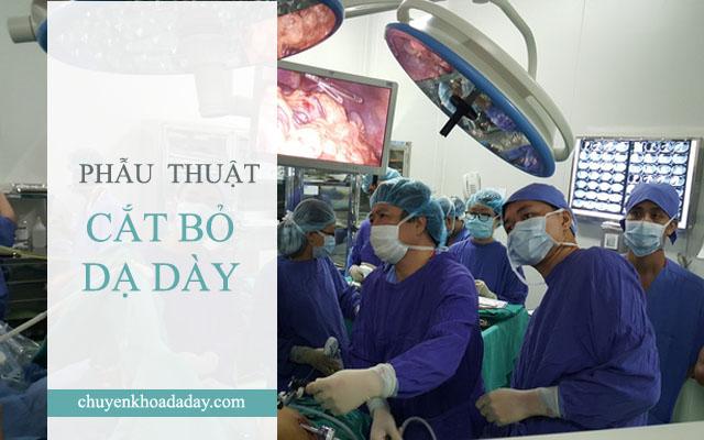 Thực hiện ca phẫu thuật cắt bỏ dạ dày