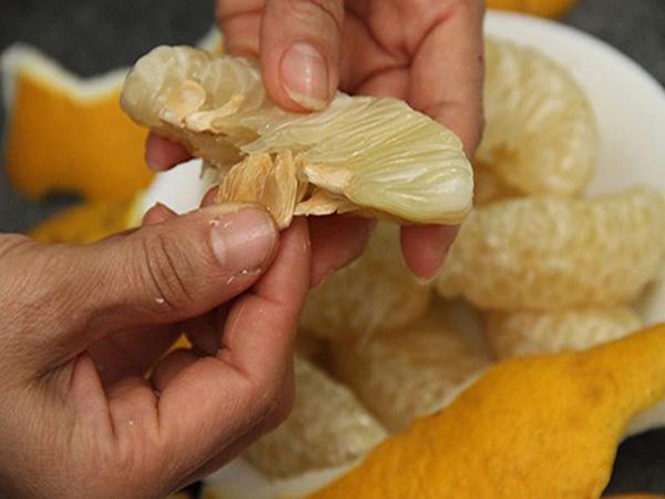 Cách chữa đau dạ dày bằng hạt bưởi