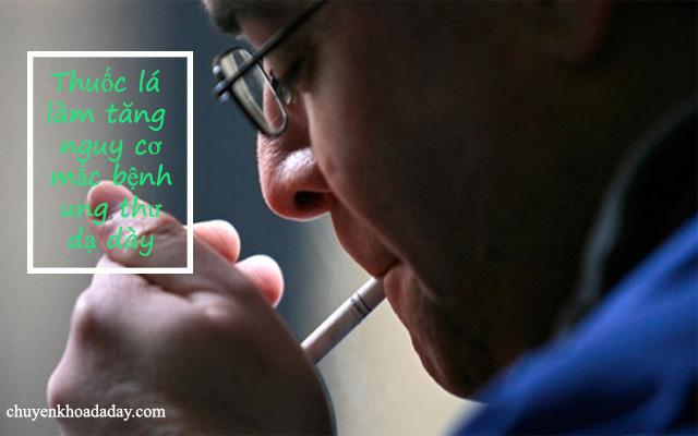 Hút nhiều thuốc lá làm tăng nguy cơ mắc bệnh ung thư dạ dày