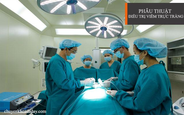 Phẫu thuật là một trong những biện pháp được áp dụng để điều trị bệnh viêm trực tràng