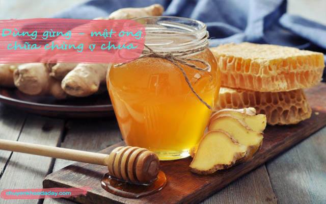 Uống nước gừng và mật ong có tác dụng làm giảm chứng ợ chua