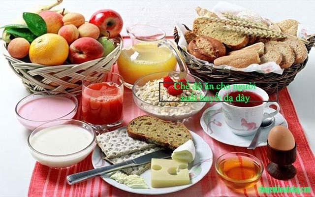 Chế độ ăn cho người bị xuất huyết dạ dày