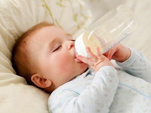 Nguyên nhân gây trào ngược dạ dày ở trẻ