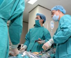 Thủng dạ dày ở trẻ sơ sinh: Dấu hiệu xác định, cấp cứu-3