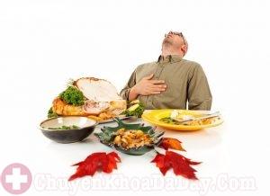 Ăn quá no hoặc quá đói sẽ gây hại cho dạ dày