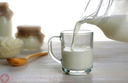 Sữa - Thực phẩm người bệnh trào ngược axit dạ dày nên ăn