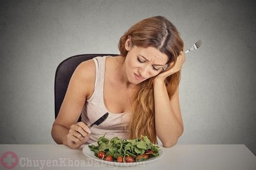 Chán ăn - Triệu chứng đau dạ dày dễ nhận biết nhất