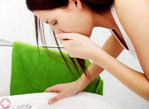 Buồn nôn - Dấu hiệu đau dạ dày thường gặp