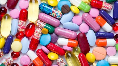 Dùng thuốc đúng cách phòng tránh viêm loét dạ dày ngày Tết