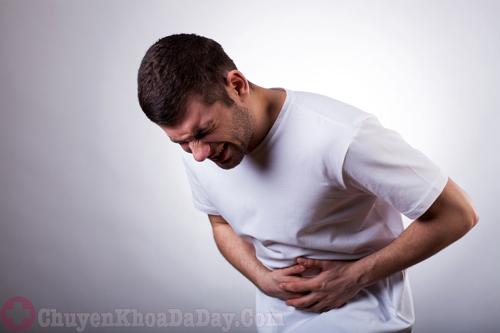 Làm gì khi bị đau thượng vị sau khi ăn, có nguy hiểm không?