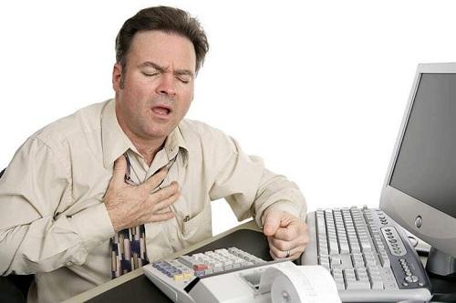Bệnh trào ngược dạ dày gây mệt mỏi, khó thở