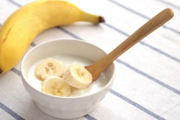 Chuối và sữa chua là những thực phẩm tưởng độc hại nhưng lại rất tốt cho người đau bao tử