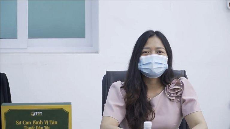 Bà Nguyễn Thị Lan Anh phát biểu
